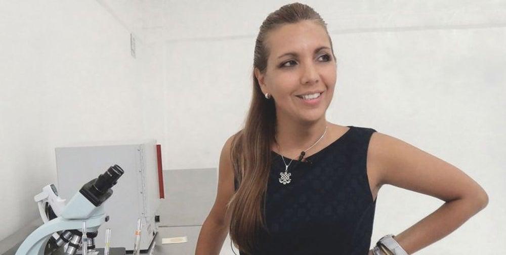 7. Gabriela León