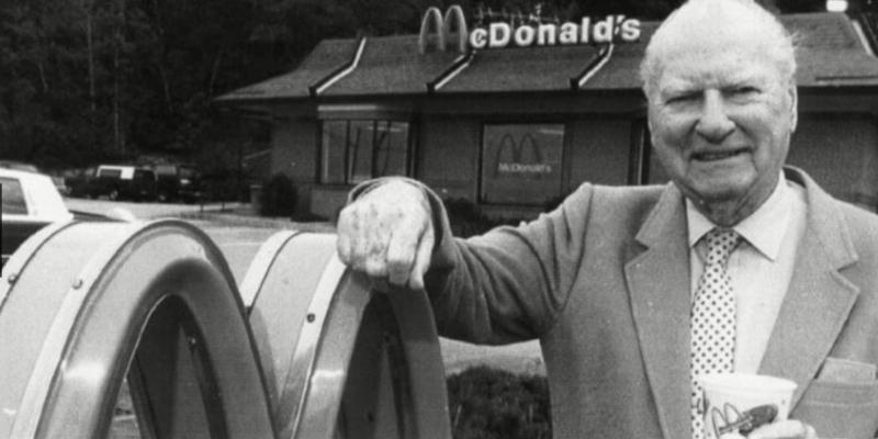 22. Richard y Maurice McDonald: McDonald's