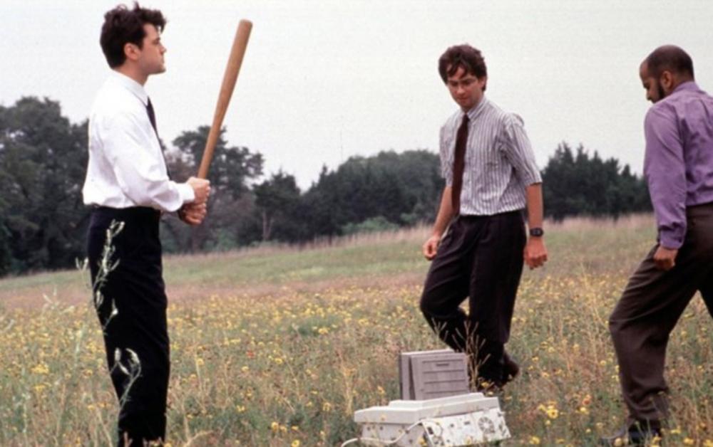 Enredos de oficina (Office Space, 1999)