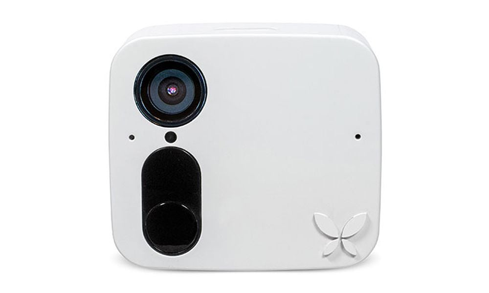 The first smart security camera that allows you to 'save' familiar faces.