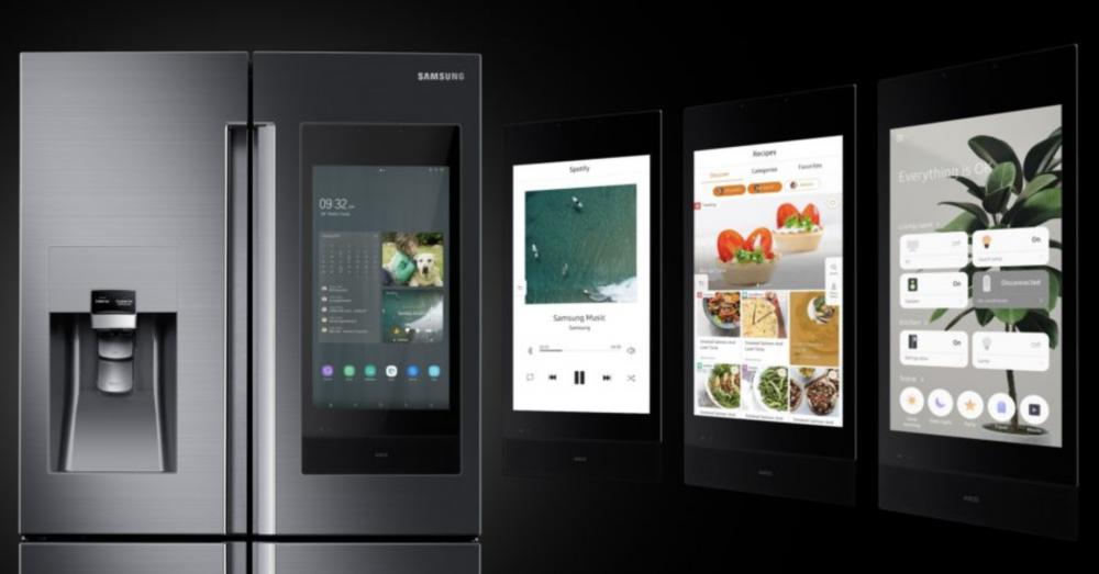 9. Un refrigerador con pantalla digital para fotos, notas y recetas paso a paso