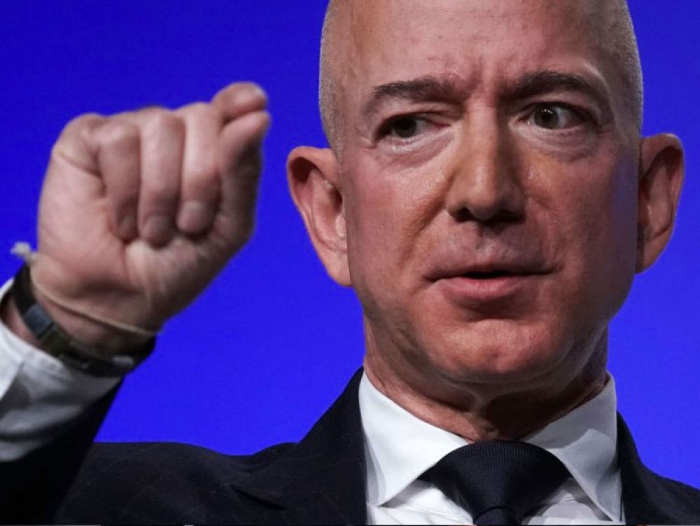 9. According to the Social Security Administration, the average American man with a bachelor's degree will earn approximately $2.19 million in his lifetime. Bezos makes that in just under 15 minutes.