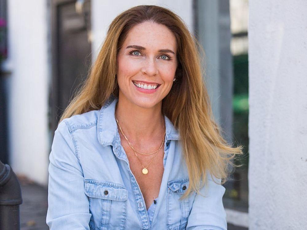 Elizabeth Pearson (Executive Career Coach)