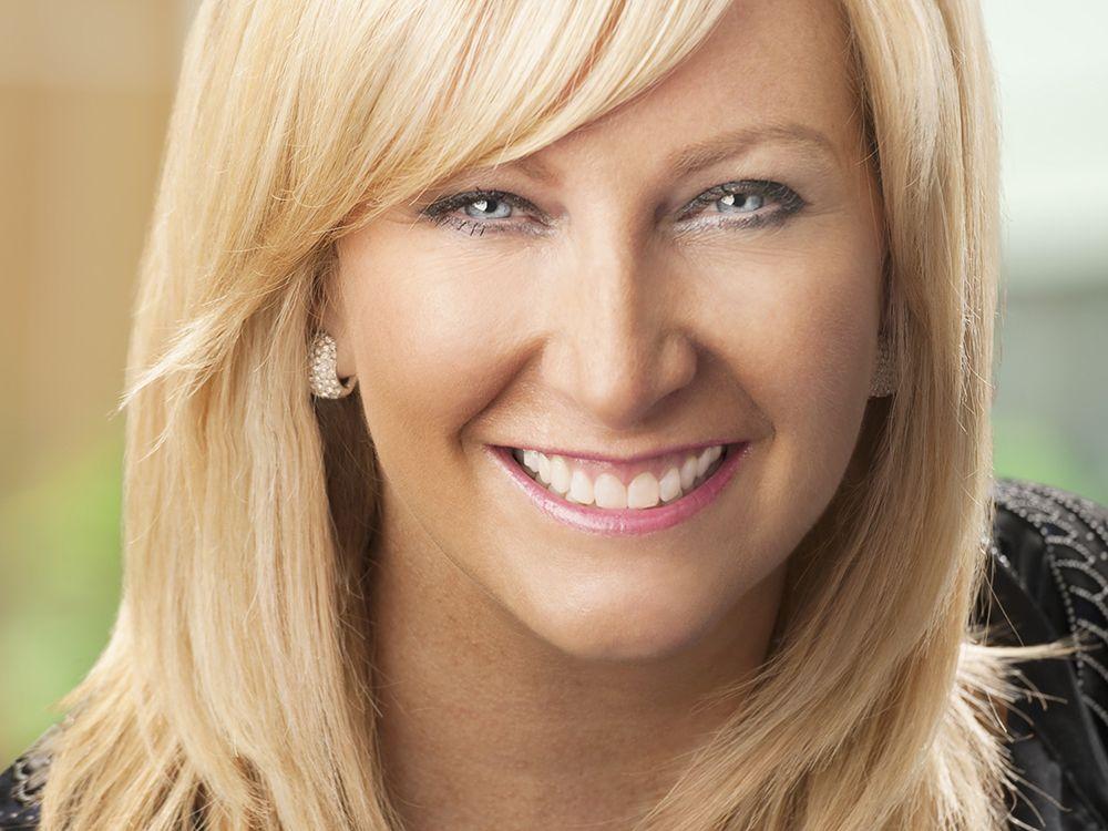 Lisa M. Buckingham (Lincoln Financial EVP)
