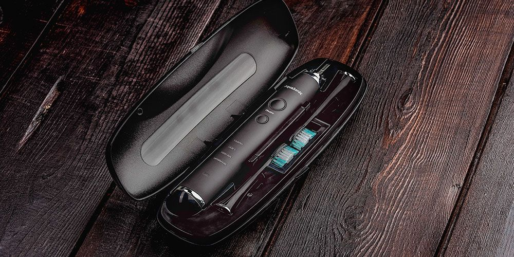 AquaSonic Black Series Toothbrush and Travel Case With 8 Dupont Brush Heads