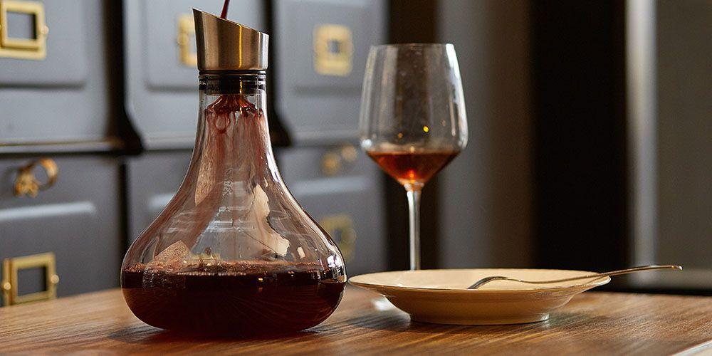 Eravino Wine Aerating Carafe Decanter with Lid