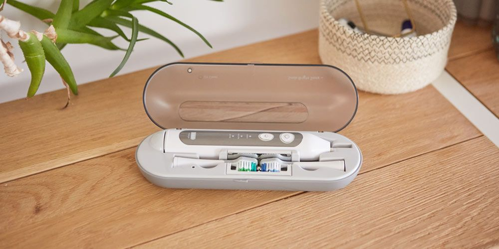 Platinum Sonic Toothbrush & USB Sanitizing Case