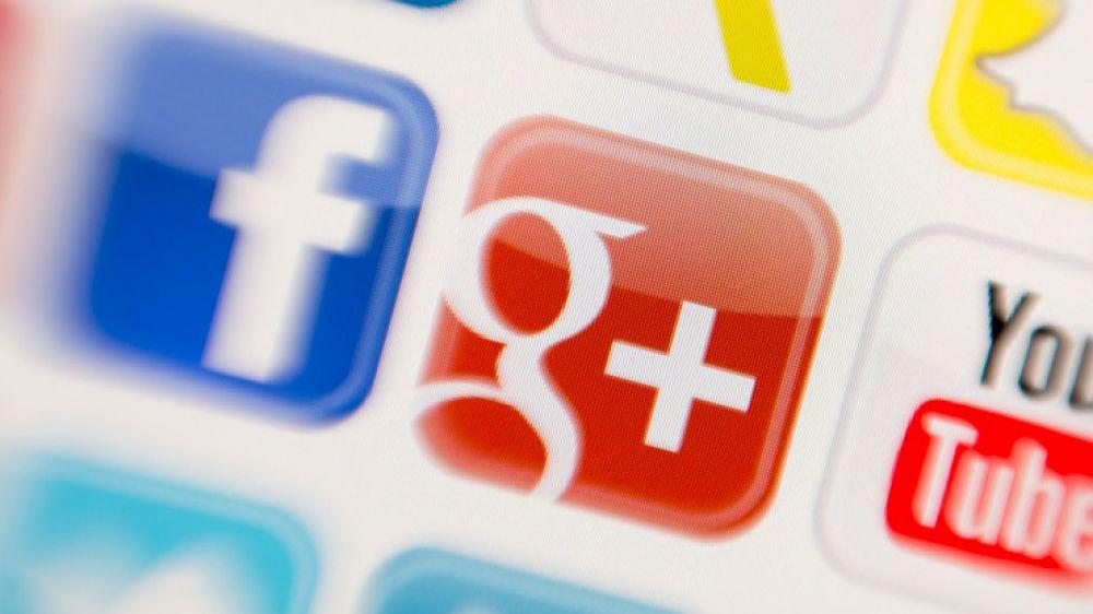 Google Social Efforts (Buzz through +)