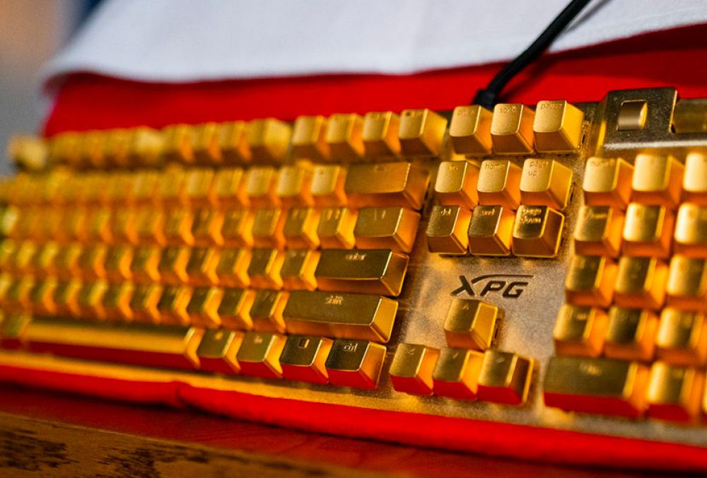 A $10,000 gold-plated keyboard.