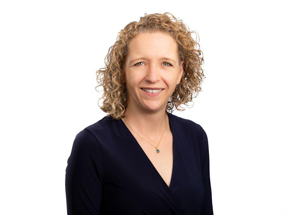 Setting The Bar For Cannabis Business Conferences - Cassandra Farrington
