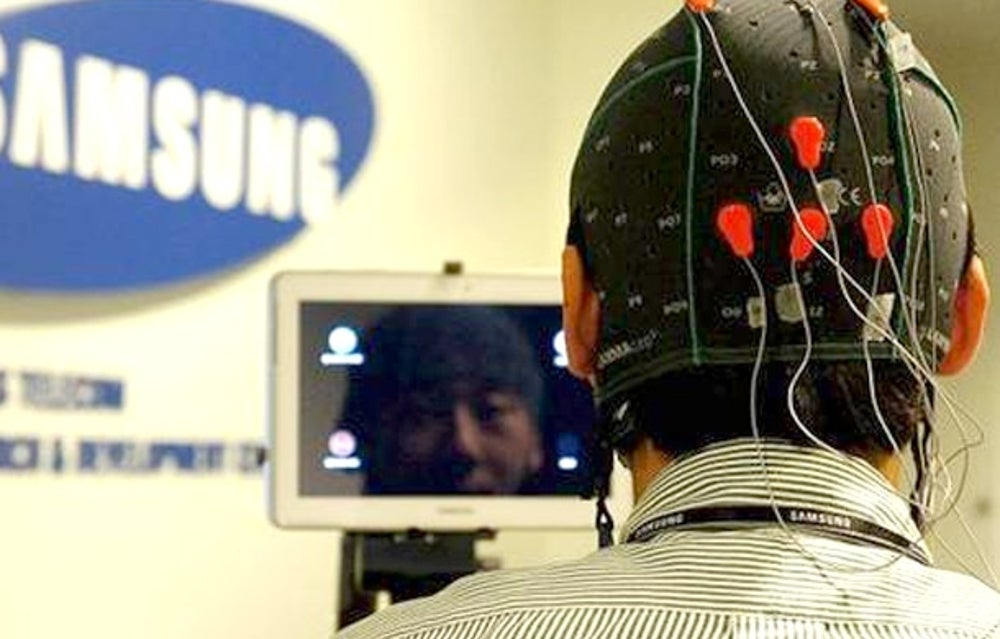 Samsung's plan to make mobile hands free.