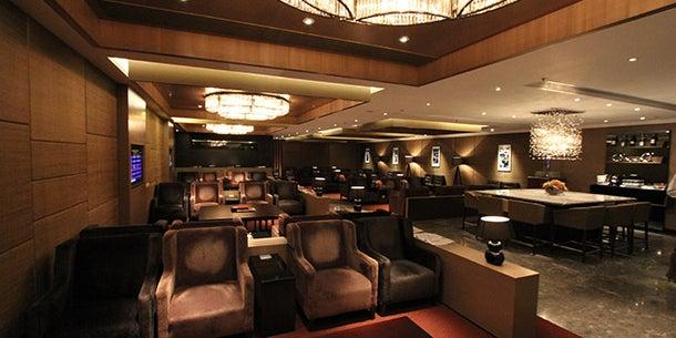 Plaza Premium Lounge, Hong Kong International Airport