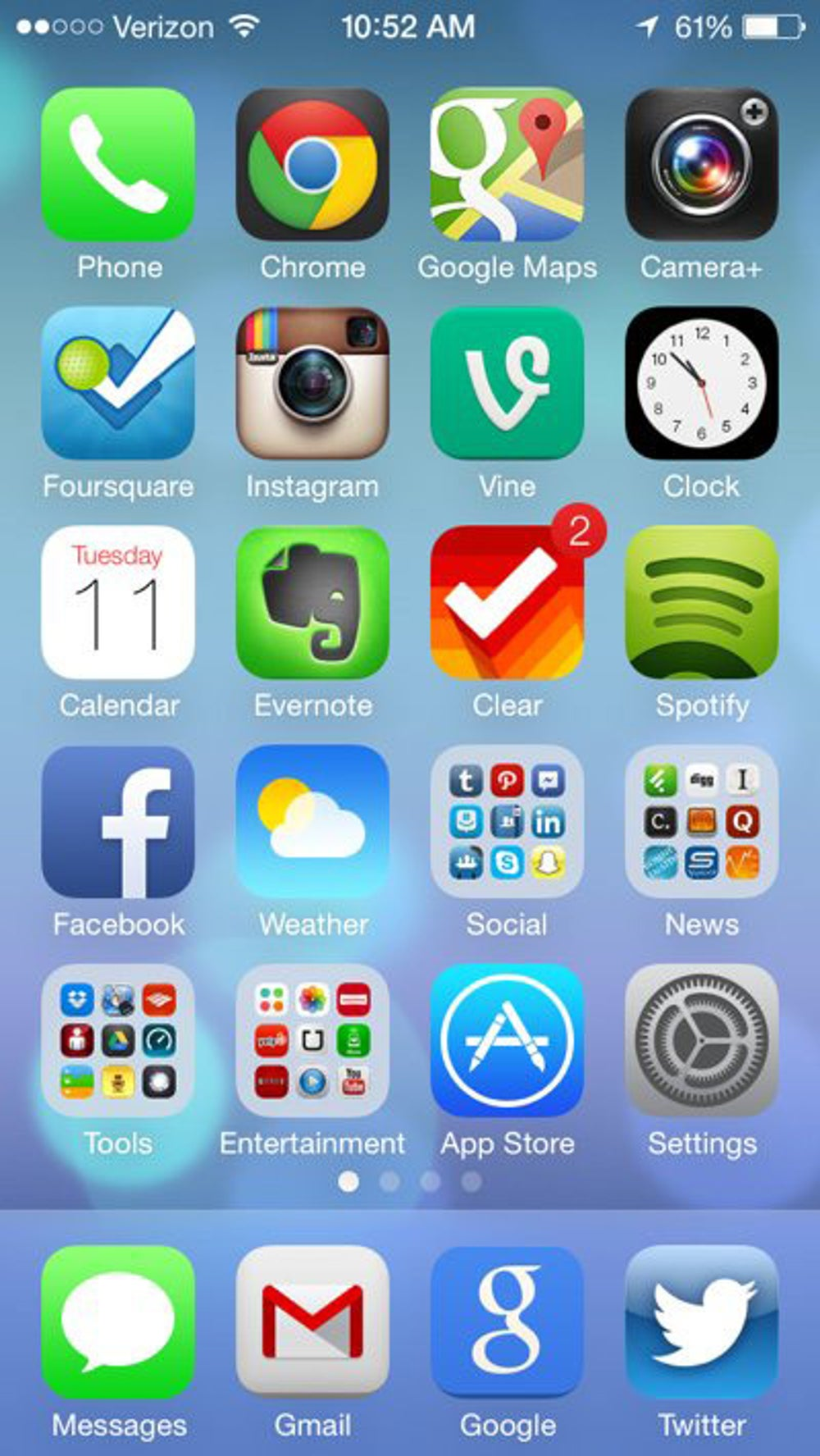 Here's the new home screen. Notice the new icons for Apple's apps like Weather, Phone, Messages, etc.