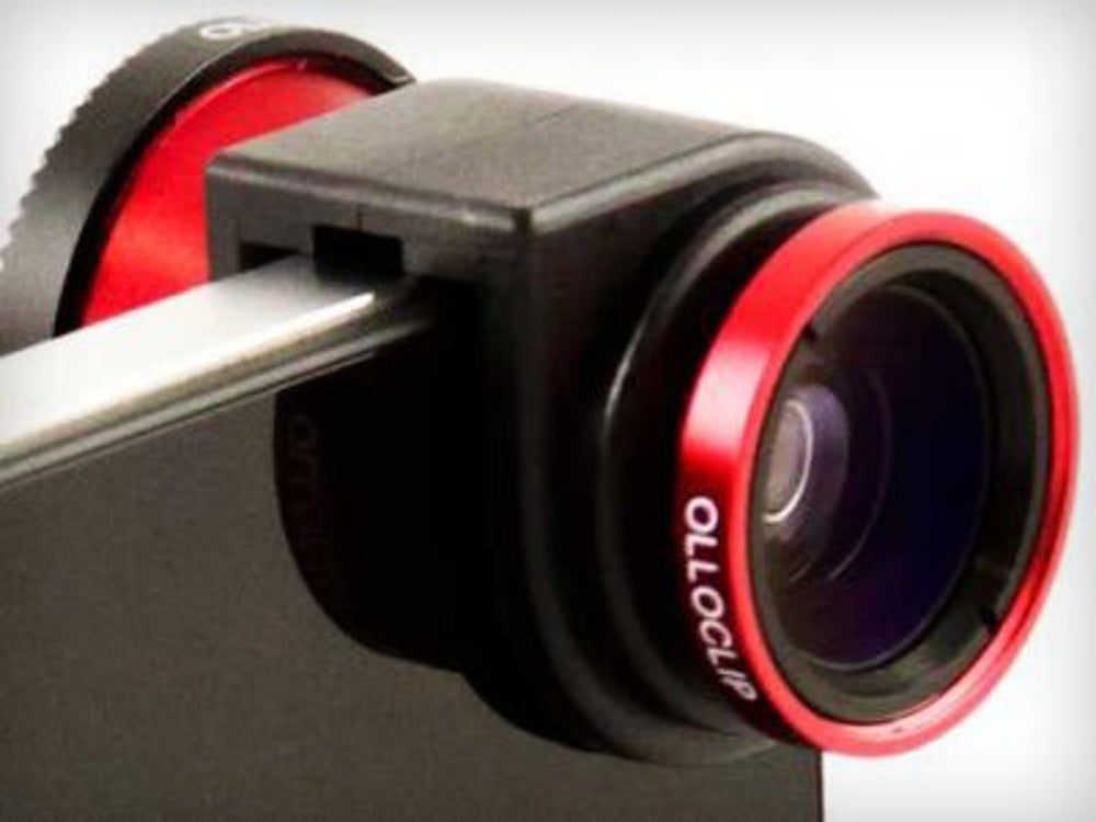 OlloClip improves your iPhone's camera