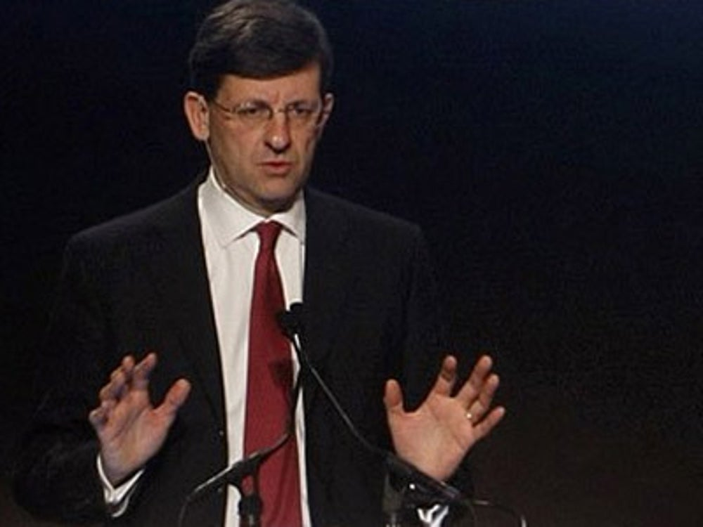 Vodafone CEO Vittorio Colao rises by 6 a.m.