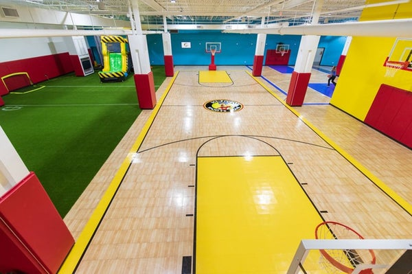 Hi-Five Sports Zone - Empty court